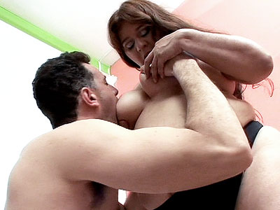 Playful BBW Babe Lola Pussy Licked